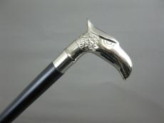 Gehstock aus schwarzem Hartholz, vernickelter Metallgriff