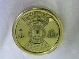 Hundertjähriger Kalender aus Messing für die Hosentasche 5cm mit Holz Schatulle
