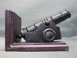 Buchstütze Kanone Gusseisen 15 cm 1,5 Kilo Militaria Dekoration