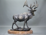 Großer Hirsch aus Gusseisen auf Holzsockel 50 cm 9 Kg Geweih Gusseisen Figur